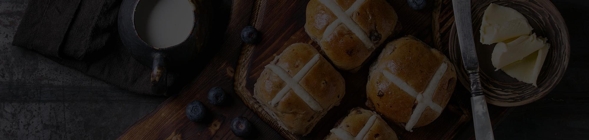 Hot Cross Buns: una dolcezza tutta inglese.